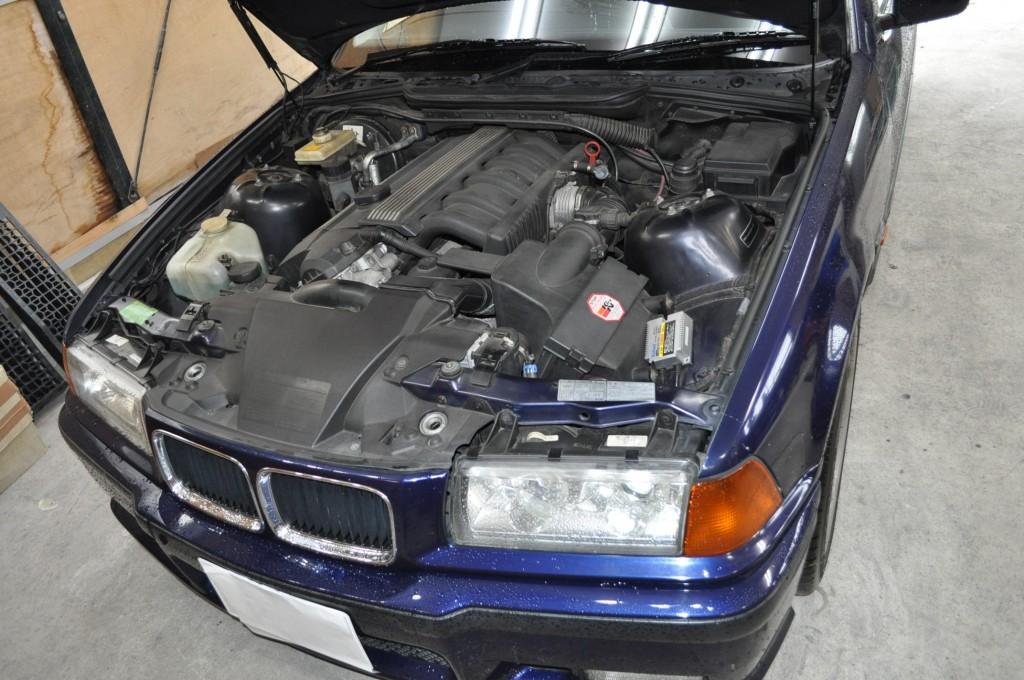 BMW E36 エンジンルーム