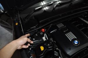BMW E91 325i ABS修理