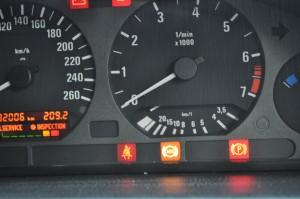 BMW E36 ABS警告ランプ