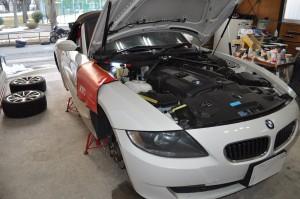 BMW Z4 DSCハイドロポンプ交換