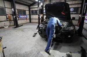 BMW X6 オルタネーター交換
