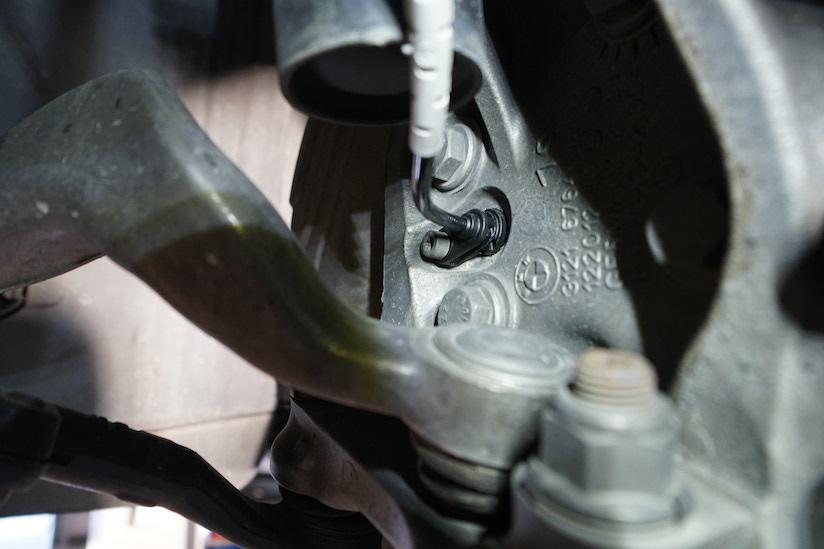 前輪 BMW ABSセンサー