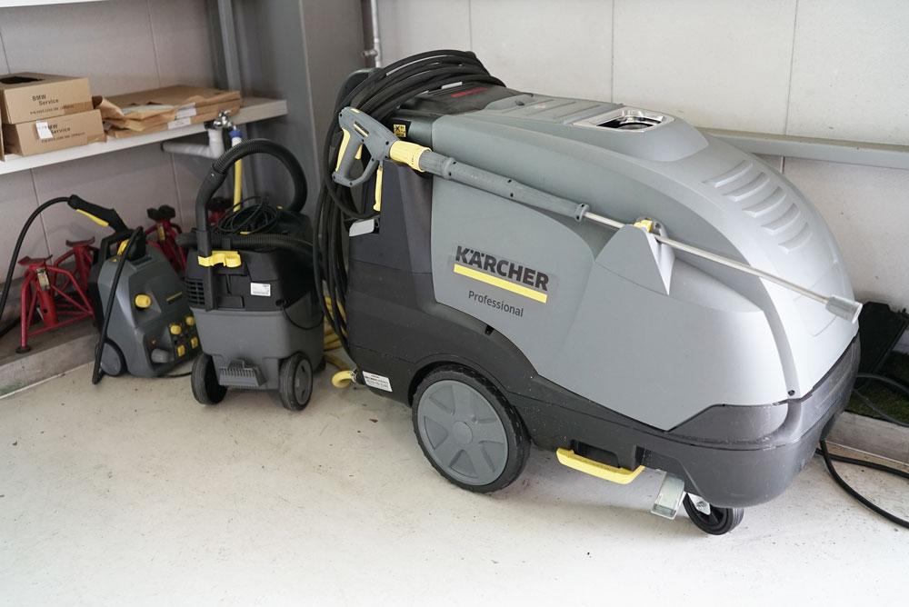 業務用のケルヒャー高圧洗浄機