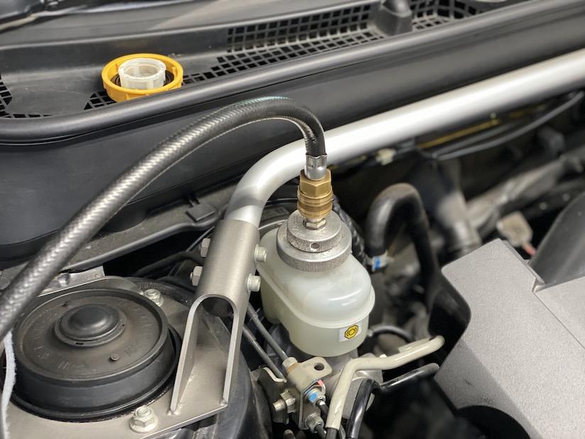 ABSユニット内部ブレーキ圧送